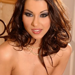 Cindy Hope (Klaudia) in 'DDF' Champagne for her campaign! (Thumbnail 16)