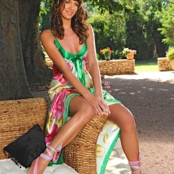 Alise Alanis in 'DDF' Lovely brunette with her long legs (Thumbnail 1)