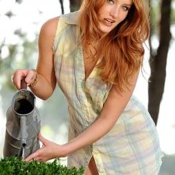 Denisa Heaven in 'DDF' Party In Her Garden (Thumbnail 4)