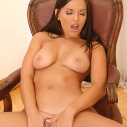 Eve Angel in 'DDF' An Intimate Encounter (Thumbnail 13)