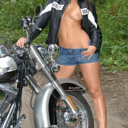 Eve Angel in 'DDF' The Harley Strip (Thumbnail 4)
