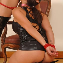 Liza Del Sierra in 'DDF' Hot lesbians having bondage sex (Thumbnail 6)