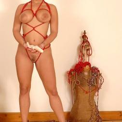 Liza Del Sierra in 'DDF' Nasty lesbian bondage fingering (Thumbnail 1)
