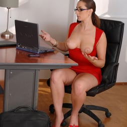 Paige Turnah in 'DDF' The boss lady newcummer! (Thumbnail 16)