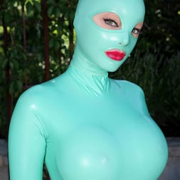 Latex Lucy in 'DDF' Suspended Penetration (Thumbnail 1)