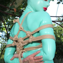 Latex Lucy in 'DDF' Suspended Penetration (Thumbnail 3)