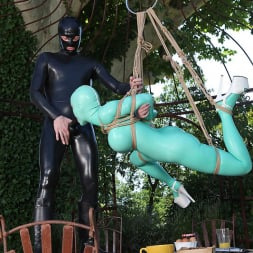 Latex Lucy in 'DDF' Suspended Penetration (Thumbnail 7)