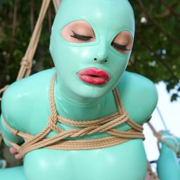 Latex Lucy in 'DDF' Suspended Penetration (Thumbnail 12)