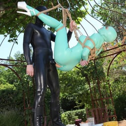 Latex Lucy in 'DDF' Suspended Penetration (Thumbnail 13)