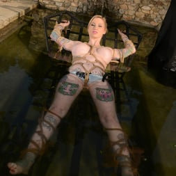 Hollie Hatton in 'DDF' Ink In The Drink (Thumbnail 10)