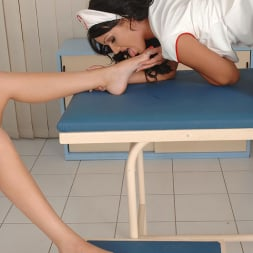 Bonnie Shai in 'DDF' Nursing On Toes (Thumbnail 7)