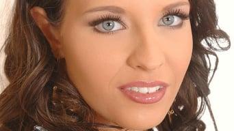 Elizabeth Rose aka Angel Hott in 'Tan Line Delight'