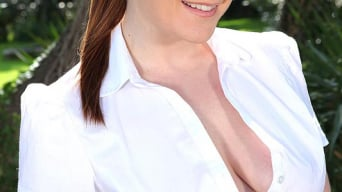 Samantha Bentley in 'High Spirits Restrained'