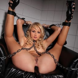 Ivana Sugar in 'DDF' Damsel Restrained (Thumbnail 13)
