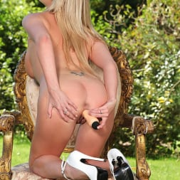 Lexi Lowe in 'DDF' Tasty From Every Angle (Thumbnail 15)