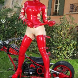 Latex Lucy in 'DDF' Latex And Mystery (Thumbnail 15)