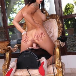 Billie Star in 'DDF' Ready To Ride (Thumbnail 9)