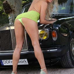 Blanca Brooke in 'DDF' Choose Your Chassis (Thumbnail 3)