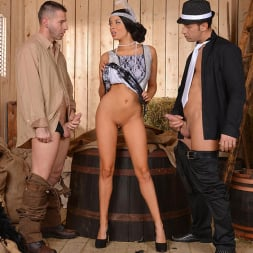 Anissa Kate in 'DDF' Foxy Flapper (Thumbnail 8)