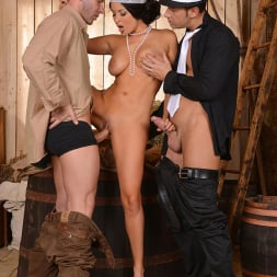 Anissa Kate in 'DDF' Foxy Flapper (Thumbnail 10)