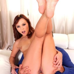Alysa in 'DDF' An Artist with Sole (Thumbnail 11)