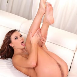 Alysa in 'DDF' An Artist with Sole (Thumbnail 16)