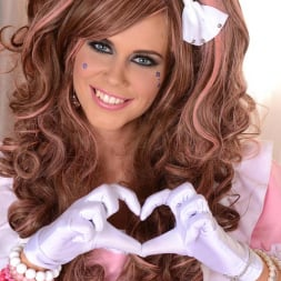 Tracy Gold in 'DDF' Princess in Pink (Thumbnail 2)