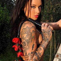 Daniella Mae in 'DDF' Sting of the Roses (Thumbnail 3)
