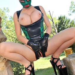 Latex Lucy in 'DDF' Stretch Your Imagination (Thumbnail 15)