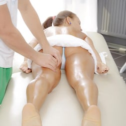 Carte in 'DDF' The Ultimate Rub Down (Thumbnail 5)