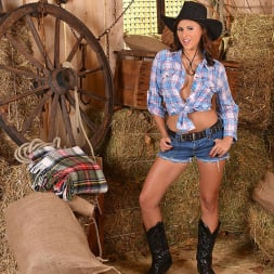 Billie Star in 'DDF' The No Kidding Cowgirl (Thumbnail 1)