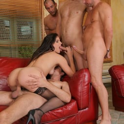 Bobbi Starr in 'DDF' Wild Girl from the USA (Thumbnail 6)
