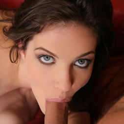 Bobbi Starr in 'DDF' Wild Girl from the USA (Thumbnail 7)