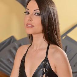 Lorena in 'DDF' Tantalizing Mistress (Thumbnail 1)