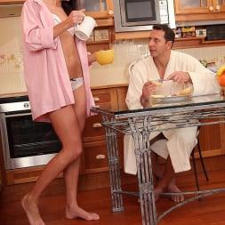 Penelope in 'DDF' Feet During Breakfast (Thumbnail 2)