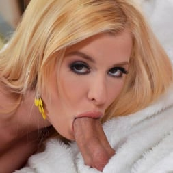 Charlyse Bella in 'DDF' A Visit With Mr. Rabbit (Thumbnail 4)