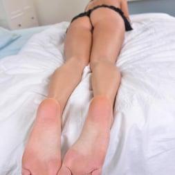 Lia Taylor in 'DDF' Foot Lover's Dream Scene (Thumbnail 9)