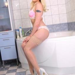 Lola Taylor aka Baby L in 'DDF' Her Power Over Us (Thumbnail 2)