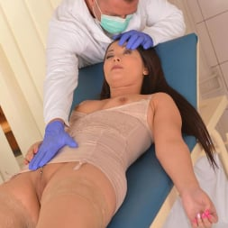 Lana in 'DDF' Physician's Probing Fingers (Thumbnail 7)