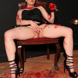 Isabel Dean in 'DDF' Chastised In Wax (Thumbnail 11)