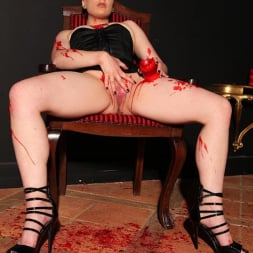 Isabel Dean in 'DDF' Chastised In Wax (Thumbnail 12)