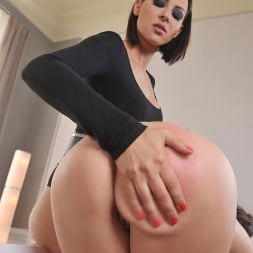Madlin in 'DDF' For Her Amusement (Thumbnail 9)
