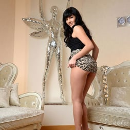 Coco Bianca in 'DDF' Fulfills Her Promise (Thumbnail 2)