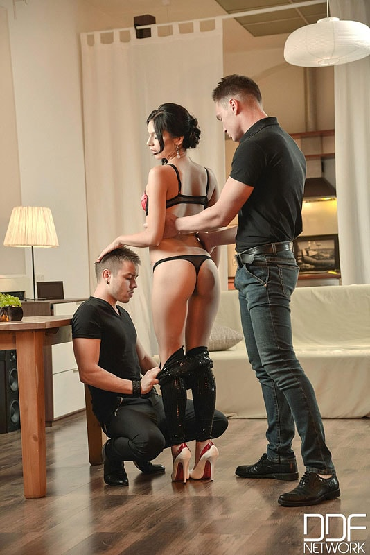 DDF 'A Babe And Two Buddies' starring Anita Sparkle (Photo 3)