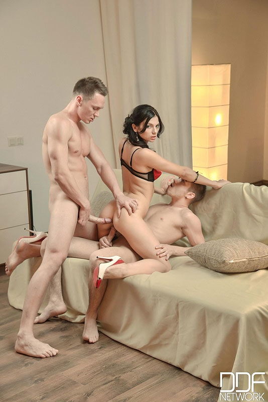 DDF 'A Babe And Two Buddies' starring Anita Sparkle (Photo 10)