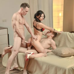 Anita Sparkle in 'DDF' A Babe And Two Buddies (Thumbnail 10)