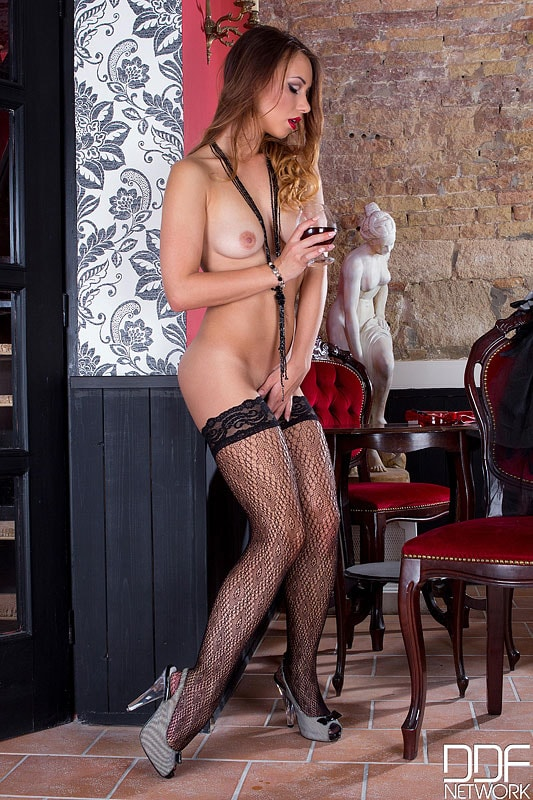 DDF 'A Show To Remember' starring Taylor Sands (Photo 15)