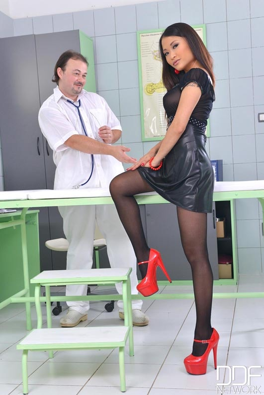 DDF 'The Patient Wore Pantyhose' starring PussyKat (Photo 1)