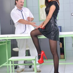 PussyKat in 'DDF' The Patient Wore Pantyhose (Thumbnail 1)