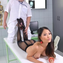 PussyKat in 'DDF' The Patient Wore Pantyhose (Thumbnail 6)